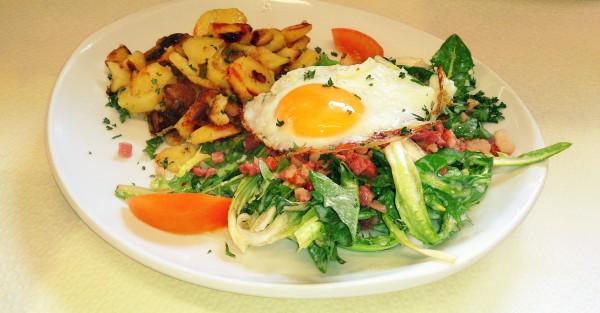 Restaurant Schmuggelbud Überherrn Löwenzahn Salat