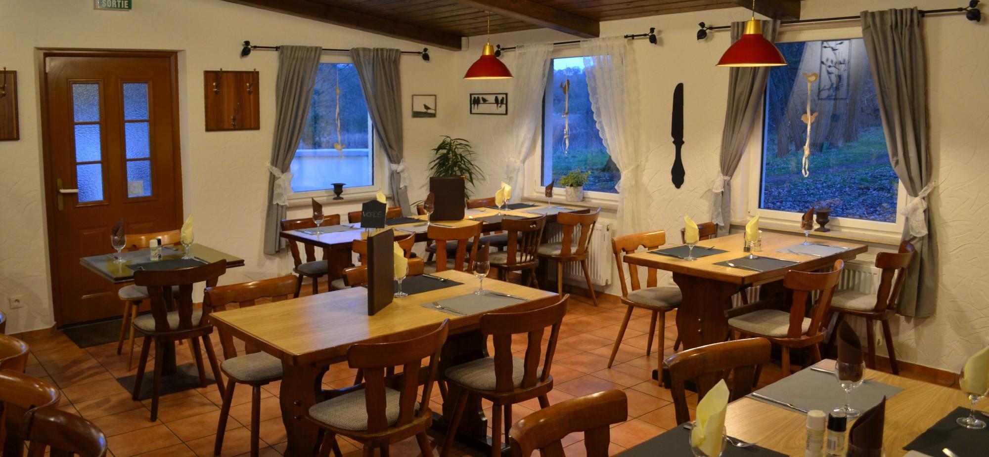 Restaurant-Schmuggelbud-Überherrn-Gesellschaft-Feier